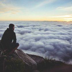 7 pasi prin care poti sa iti constientizezi gandurile si mintea