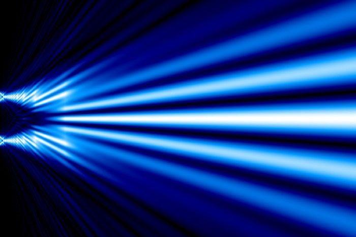 Experimentul cuantic celor două fante